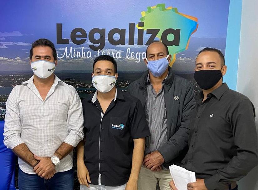 prefeito de Felicio dos Santos visita Legaliza